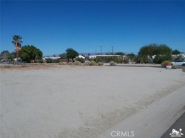 42 Panorama Dr, Thermal, CA 92274 Photo 2