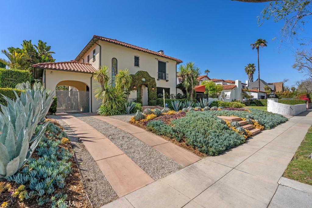 437   N Highland Avenue, Los Angeles CA 90036