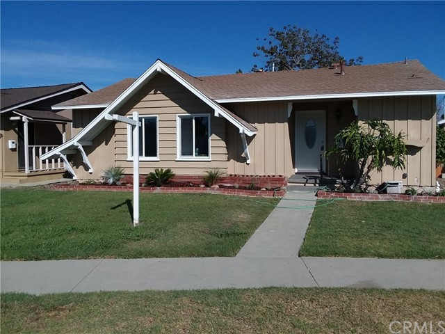 21118 Dartmoor Avenue, Lakewood, CA 90715