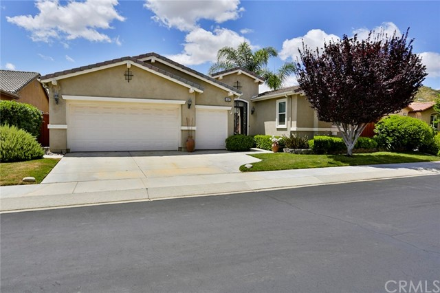 8297 Parry Drive, Hemet, CA 92545