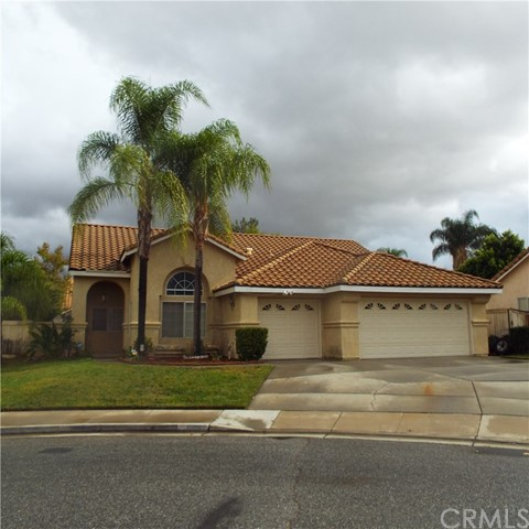 Photo of 1335 Avenida Garnette, San Jacinto, CA 92583