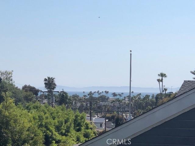351 CATALINA Drive, Newport Beach, CA 92663