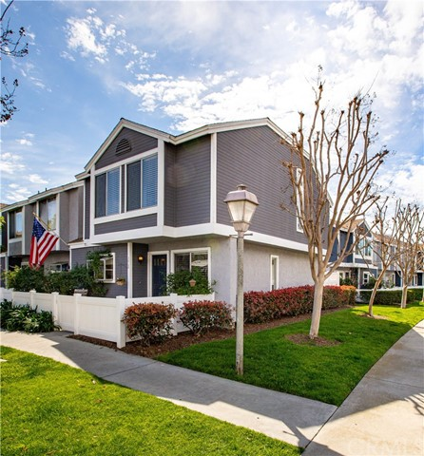 15 Briarwood Lane 64, Aliso Viejo, CA 92656