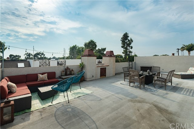 Fabulous Rooftop Deck