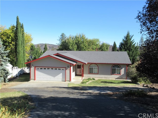 274 Wetzel Way, Yreka, CA 96097