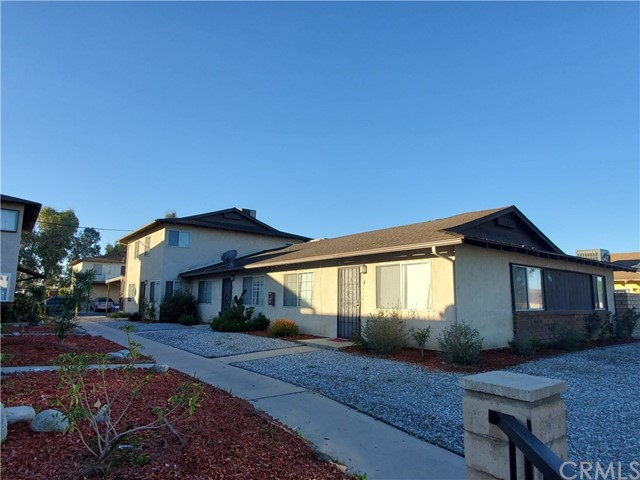 1195 Valencia Avenue, Hemet, CA 92543