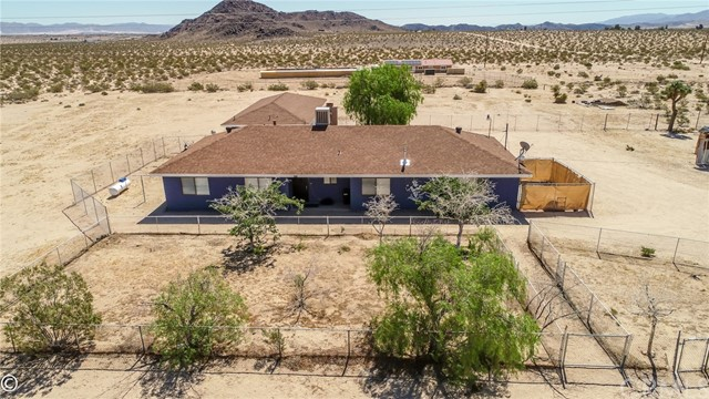 2025 Neptune Road, Joshua Tree, CA 92252