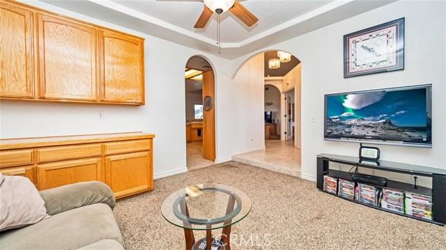 10025 Ranchero Rd, Oak Hills, CA 92344 Photo 18