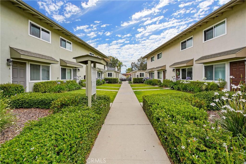Photo of 1032 W Wilson Street, Costa Mesa, CA 92627