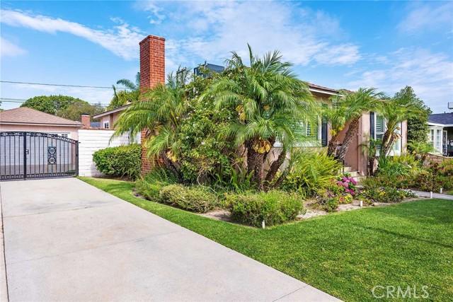 2. 3467 Fidler Avenue Long Beach, CA 90808