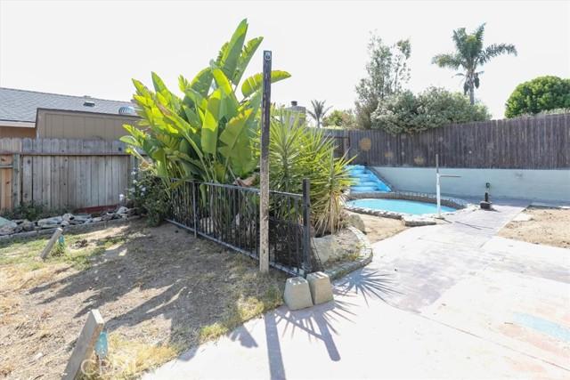1598 Longbranch Avenue, Grover Beach CA: https://media.crmls.org/medias/f6ba4376-4565-4f99-9062-6fd5750ac076.jpg