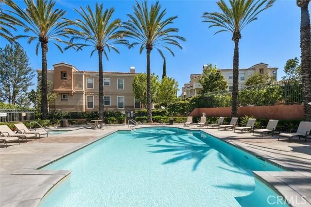 19. 1051 S Volterra Way Anaheim Hills, CA 92808