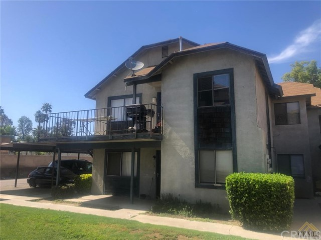 2709 Villalovos Court, Bakersfield, CA 93304