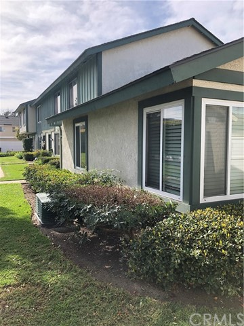 2930 S Sycamore Street A, Santa Ana, CA 92707