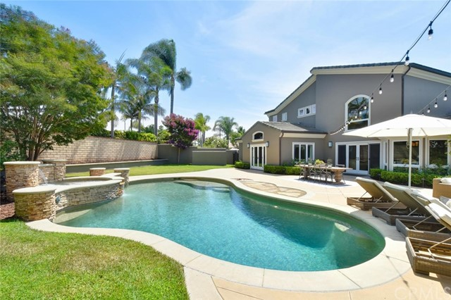 19812 Quiet Surf Circle, Huntington Beach, CA 92648