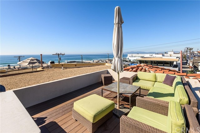 2934 Hermosa Avenue, Hermosa Beach, California 90254, 3 Bedrooms Bedrooms, ,3 BathroomsBathrooms,For Sale,Hermosa,SB18080903