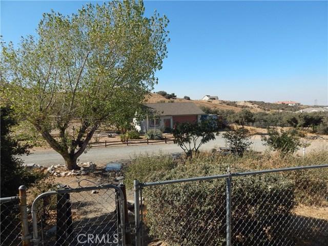 11024 Medlow Av, Oak Hills, CA 92344 Photo 3