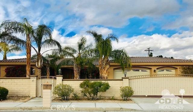 2280 Desert Park Avenue, Palm Springs, CA 92262