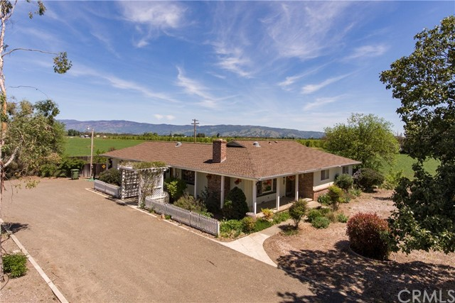 3060 Finley East Road, Lakeport, CA 95453