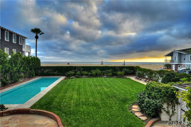 Photo of 1824 W Oceanfront, Newport Beach, CA 92663