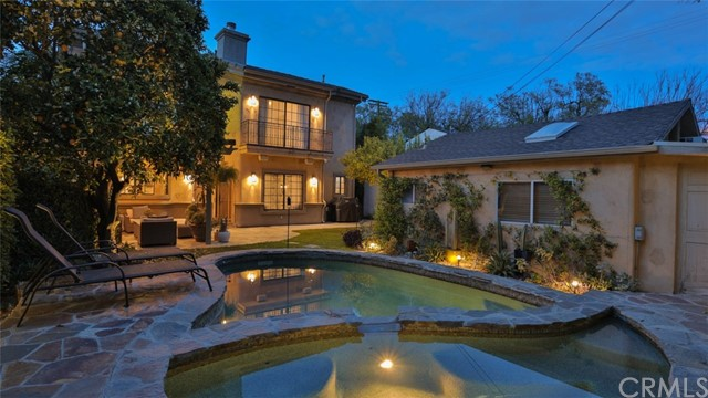 14806 Hartsook Street, Sherman Oaks, CA 91403