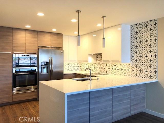 1201 Catalina Avenue 12, Redondo Beach, California 90277, 2 Bedrooms Bedrooms, ,2 BathroomsBathrooms,For Rent,Catalina,SB20055575