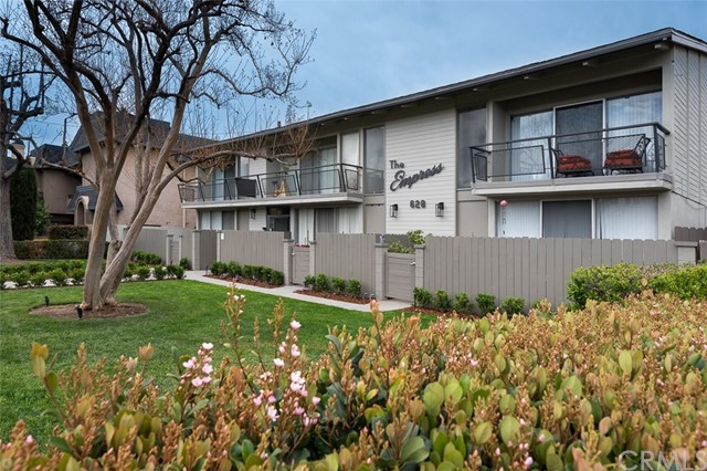 628 Fairview is a 15-unit pride-of-ownership luxury apartment building with an excellent location in the highly desirable City of Arcadia, CA. The property is unique due to its superb unit mix, large lot size and a superb location. The property has been extensively upgraded to its current immaculate condition. It was built in 1961 and it features many luxury amenities that newer built apartments usually have (central A/C & heating, high ceiling in most units). It is situated on a large lot size that spans from Fairview Ave all the way to another street (Arcadia Ave). The property offers seven (7) x 3bedroom+2bathroom and eight (8) x 2bedroom+2bathroom unit, central A/C and heating for each unit, vaulted ceilings, and townhouse style on some units. Each unit is large with an excellent floor plan and large patio. Most of the 3bedroom units are around ±1,550SF in size and the smaller units are around ±1,300SF (including private patio/balcony). Many units have floor to ceiling glass windows and sliding doors, each unit is individually metered for electricity and gas, and have an individual water heater. The property is located within the prestigious Arcadia Unified School district which are comprised of some of the highest rated schools in the state.