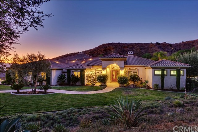 960 Sunset Hills Lane, Redlands, CA 92373