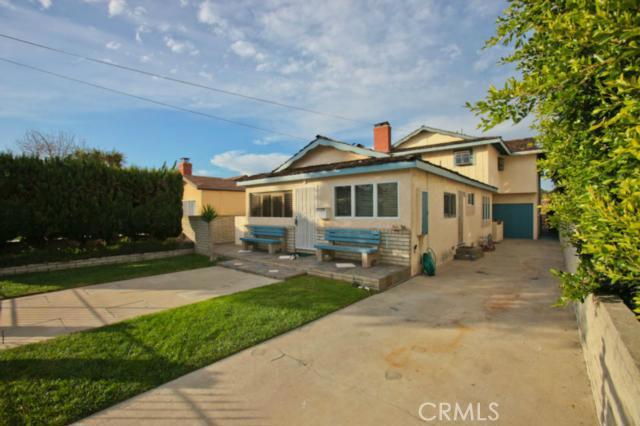 1069 Avenue D, Redondo Beach, California 90277, 3 Bedrooms Bedrooms, ,3 BathroomsBathrooms,For Sale,Avenue D,S11154411