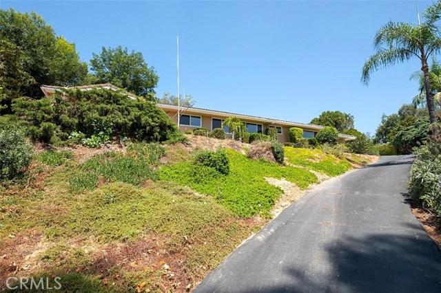 12151 Singing Wood Drive, North Tustin, CA 92705