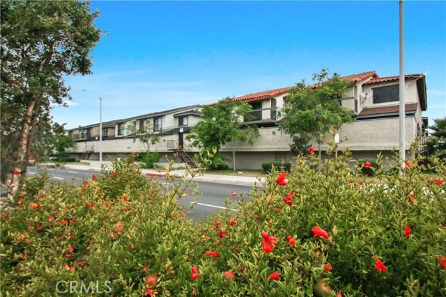1239 W Rosecrans 28, Gardena, CA 90247