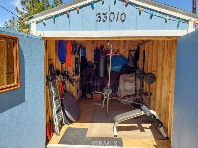 33010 Donner Ln, Arrowbear, CA 92382 Photo 9