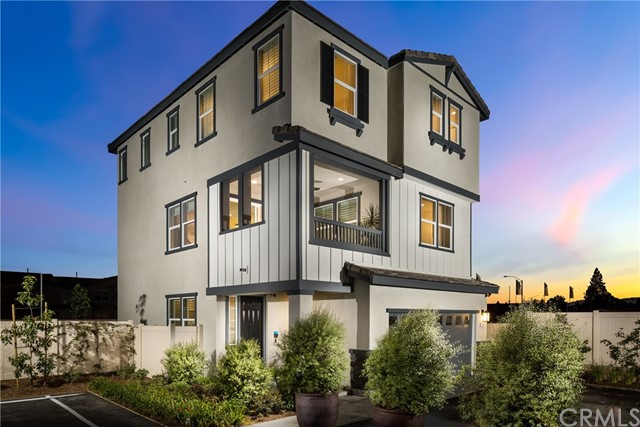 10462 Chariton Street, Anaheim, CA 92804