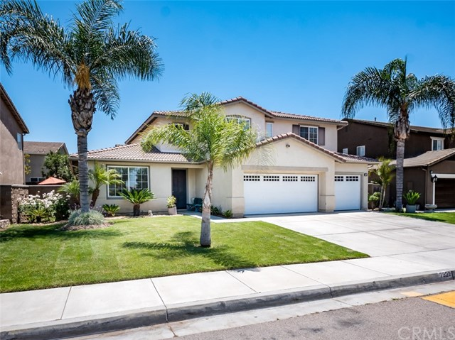 7322 Corona Valley Avenue, Eastvale, CA 92880