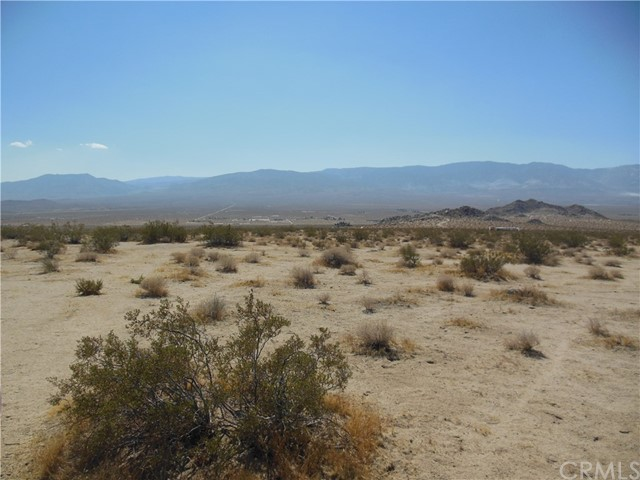 104 Verde Rd, Lucerne Valley, CA 92356 Photo 5