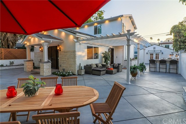 3815 Laurel Canyon Boulevard, Studio City, CA 91604