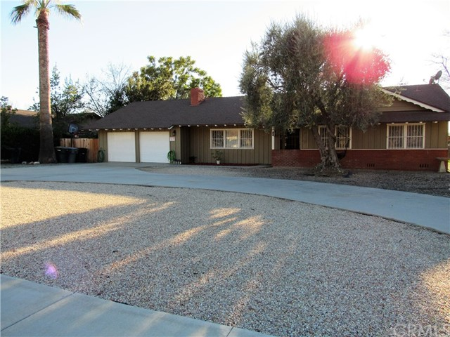 630 De Anza Drive, San Jacinto, CA 92583