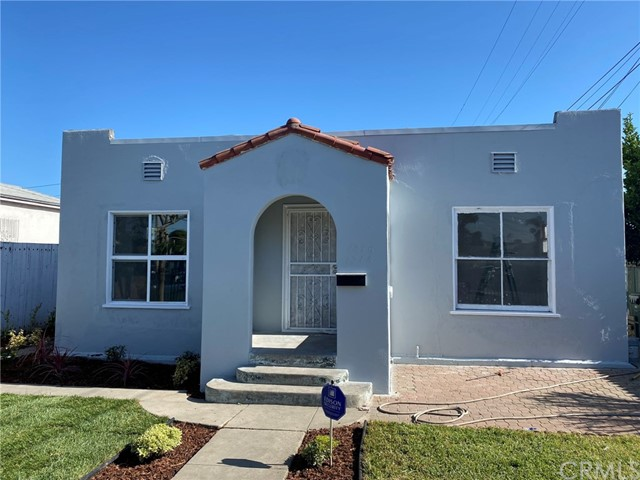 1216 E 84th Place, Los Angeles, CA 90001