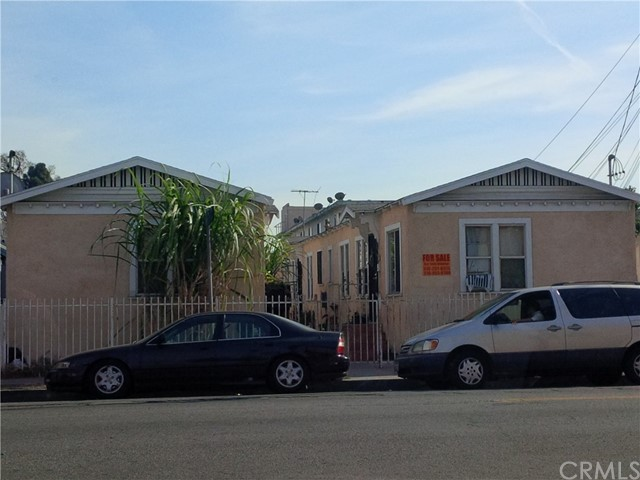 2400 Maple Avenue, Los Angeles, CA 90011