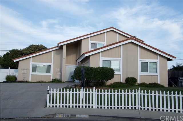 700 Morro Drive, Santa Maria, CA 93454