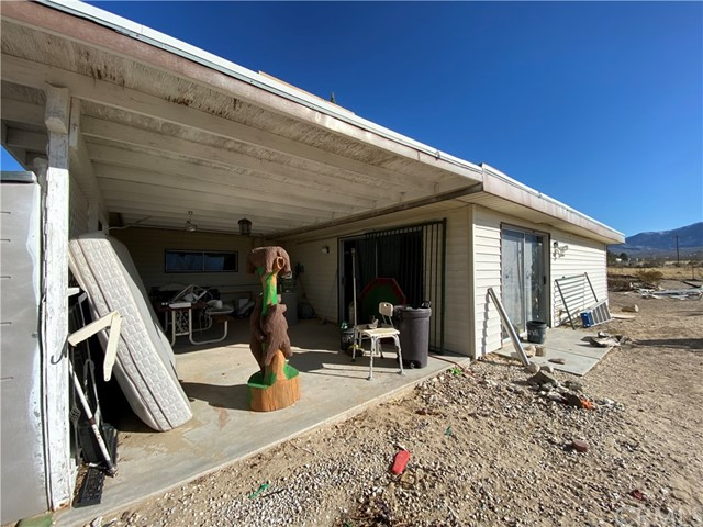 9788 Dusty Ln, Lucerne Valley, CA 92356 Photo 7