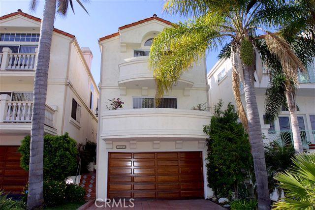 1519 Wollacott, Redondo Beach, California 90278, 4 Bedrooms Bedrooms, ,2 BathroomsBathrooms,For Sale,Wollacott,S922637
