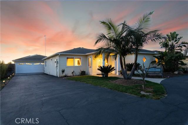 808 Knoll Park Lane, Fallbrook, CA 92028
