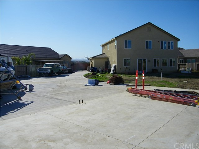 1824 Cobblefield Ln, Los Banos, CA 93635 Photo 17