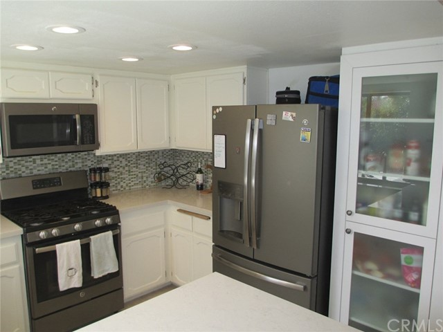 6928 Peach Tree Rd, Carlsbad, CA 92011 Photo 16