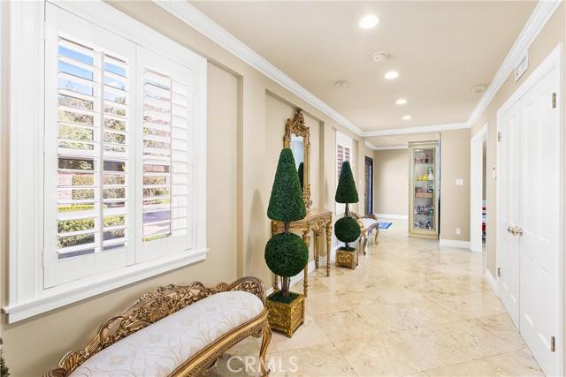 4. 521 S Grand Avenue West Covina, CA 91791