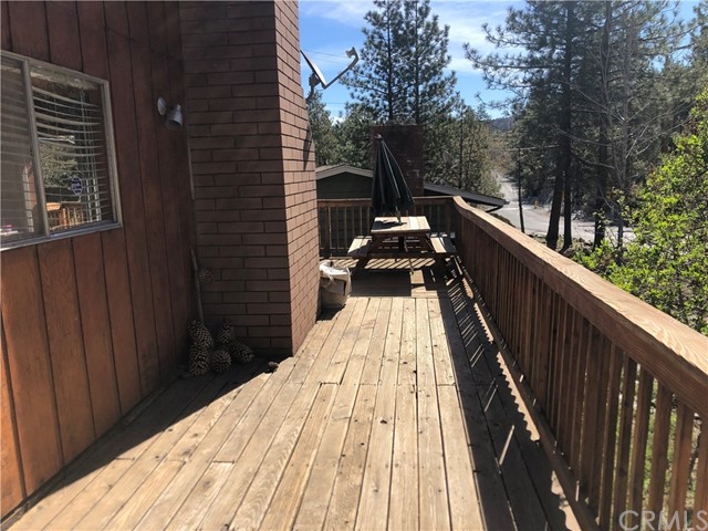 1876 Thrush Road, Wrightwood, CA 92397