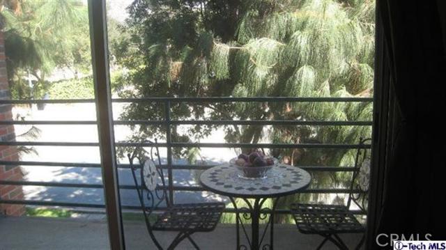 2706 Honolulu Av, Montrose, CA 91020 Photo 2
