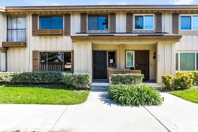 9560 Karmont Avenue, South Gate, CA 90280