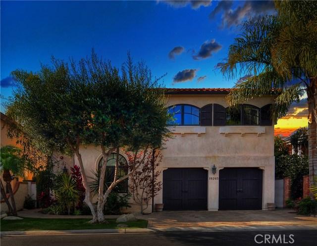 19265 Woodlands Drive, Huntington Beach, CA 92648